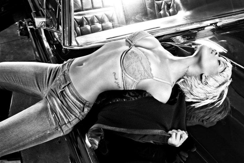 Emporio Armani Underwear rihanna