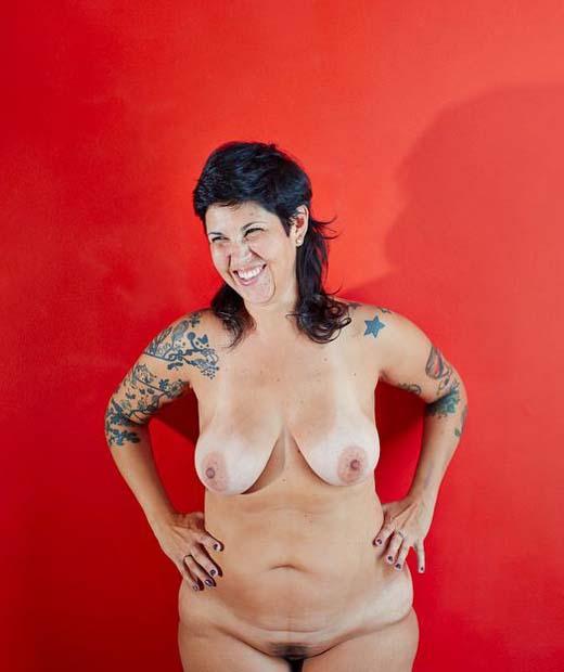 Oser poser nue avec The Nu Project - Sous-vtement Femme