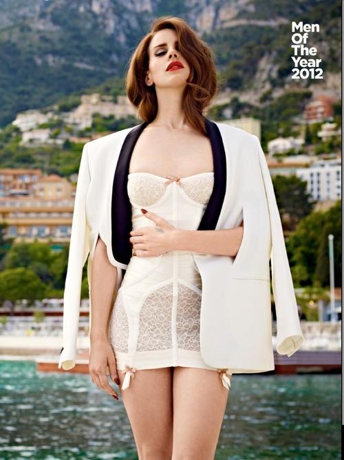 Les Dessous Célébres : Lana Del Rey pour GQ