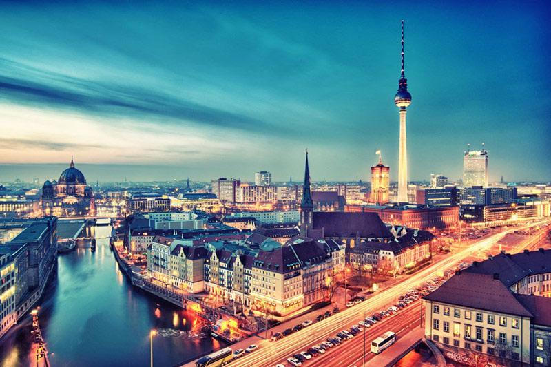 weekend lemon curve vous fait d couvrir berlin. Black Bedroom Furniture Sets. Home Design Ideas