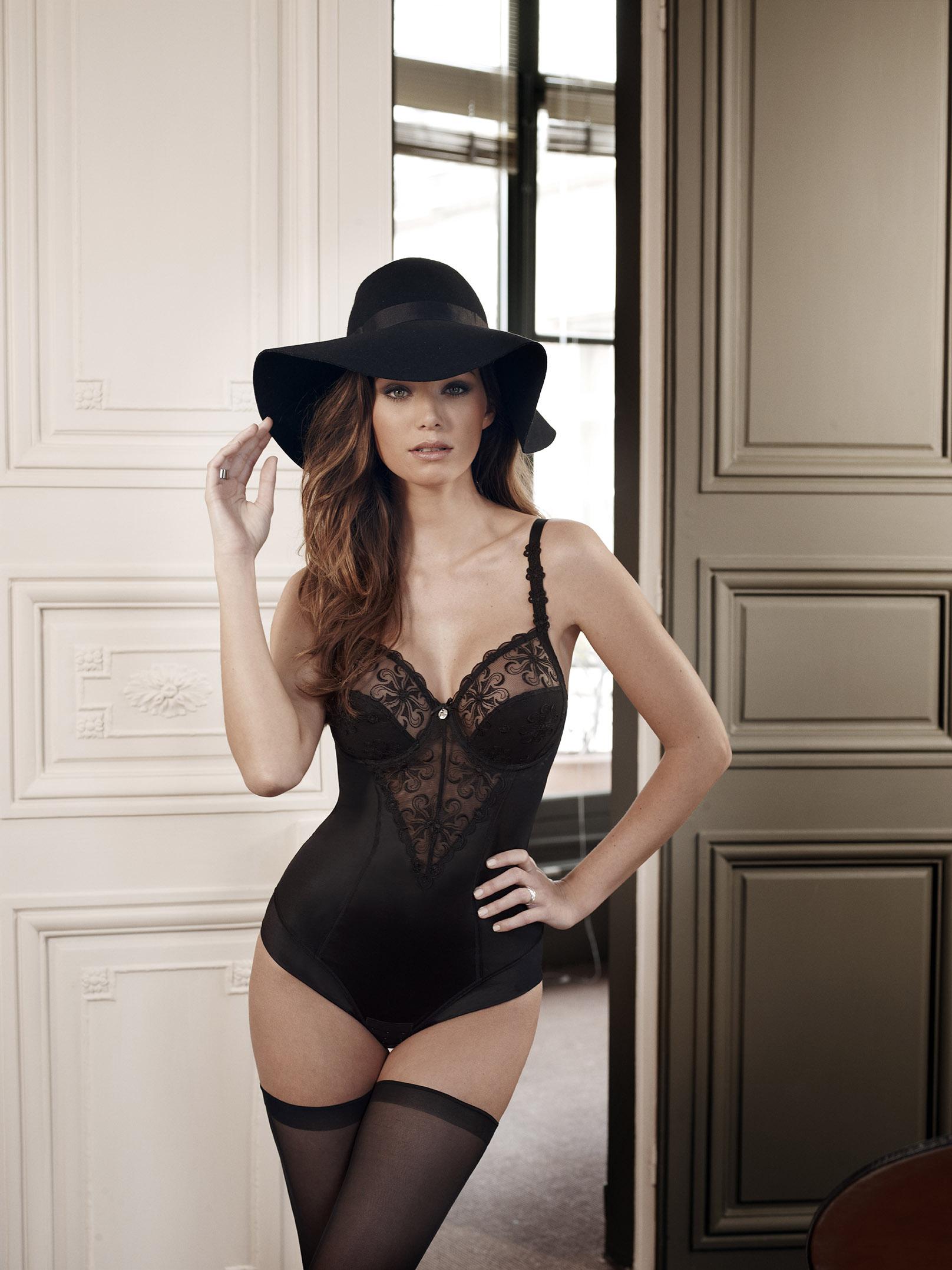 body Simone Pérèle