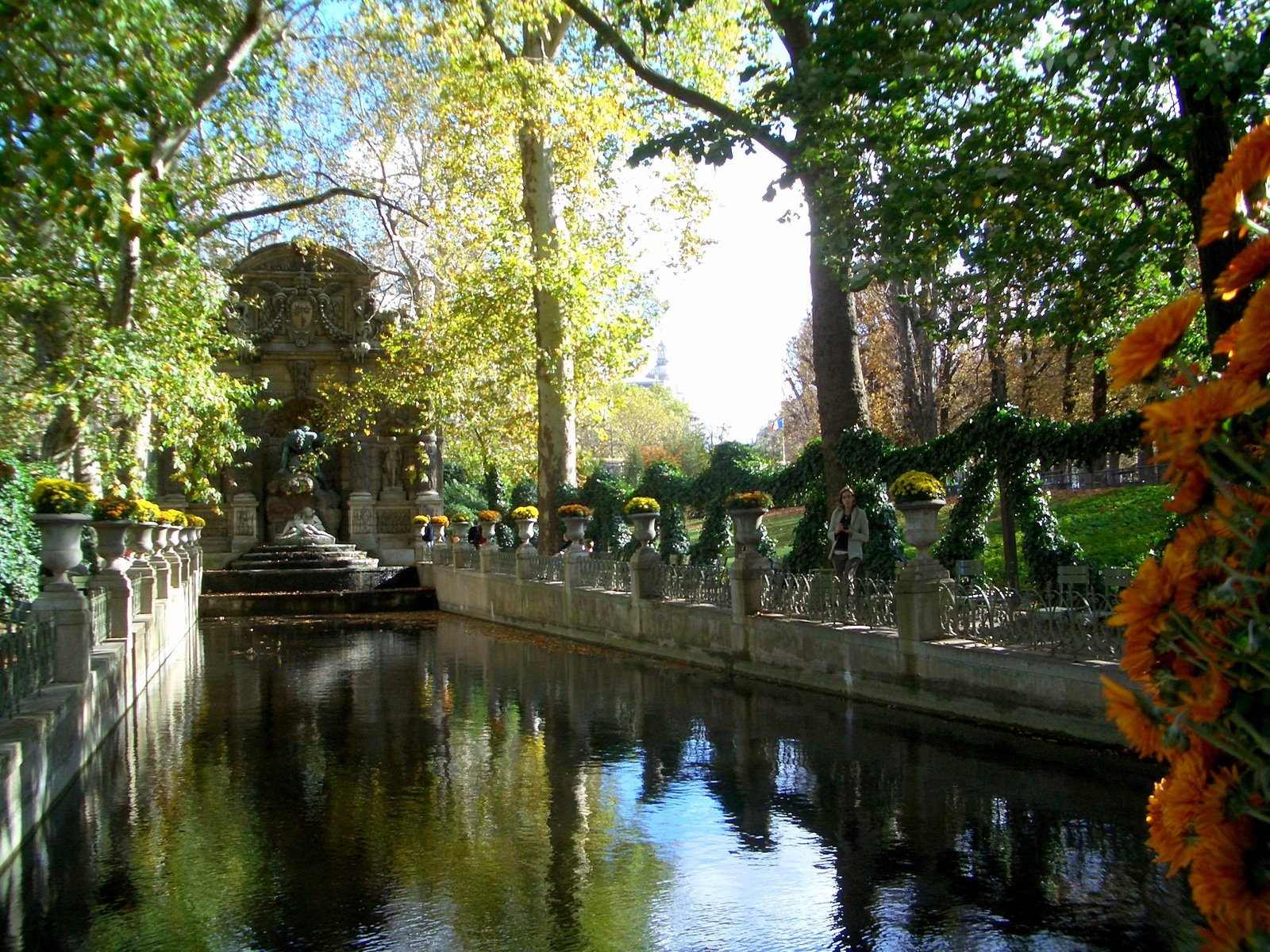 Le quartier latin au coeur de notre weekend paris for Piscine jardin du luxembourg