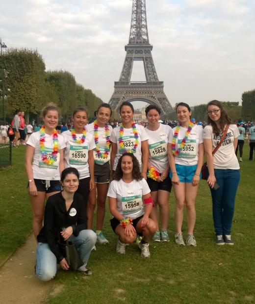 La Lemon Team devant la Tour Eiffel avant le grand départ pour la Parisienne