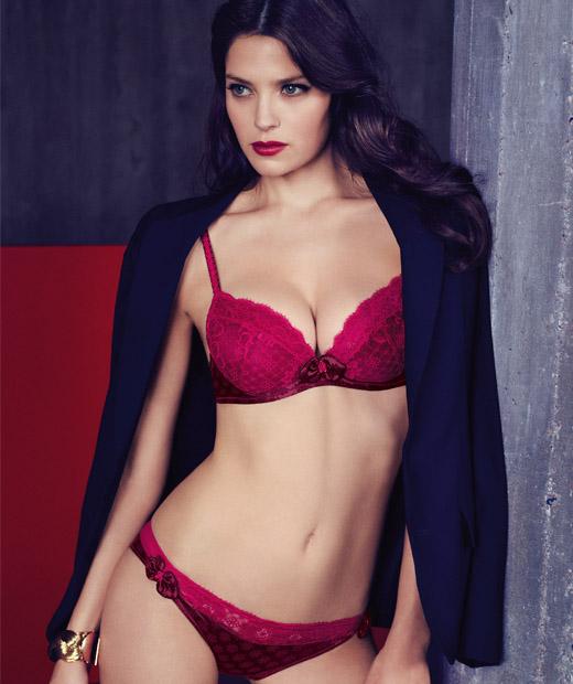 Colère : Parure de lingerie Mini Bikini d'Aubade en coloris rouge
