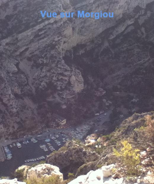 Vue sur Morgiou depuis le belvédère de Sugiton