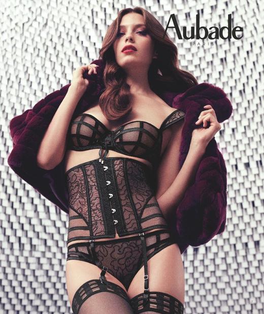 Soutien-gorge, serre-taille et culotte mini-cœur La Belle en Cavale d'Aubade