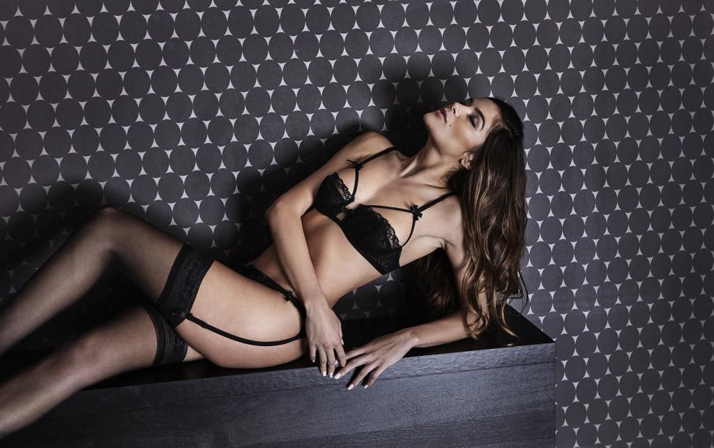 Midnight lingerie, soutien-gorge corbeille
