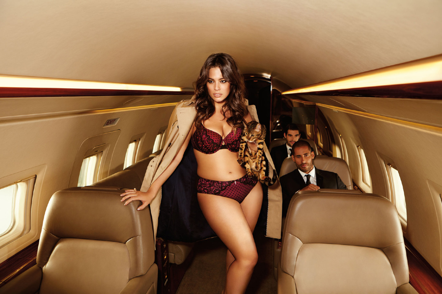 Ashley Graham Campagne La Scala Addition Elle