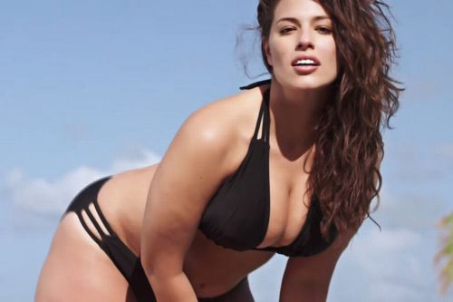 Ashley Graham Mannequin Plus Size
