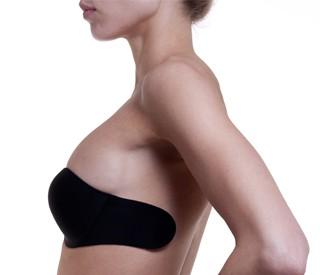 Le soutien-gorge dos transparent est un must-have de la lingerie ... 33fa3acdc59