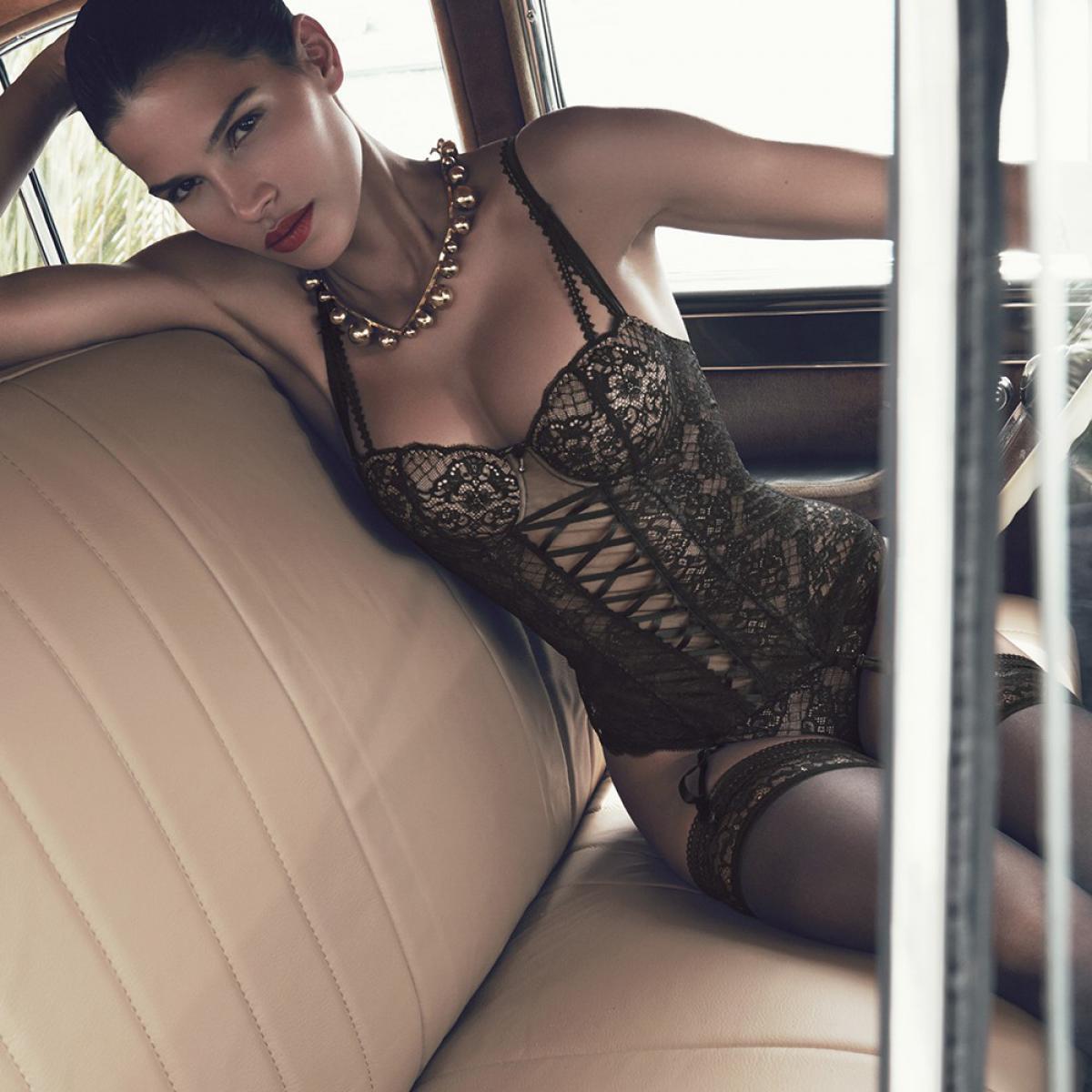 guepiere noire luxe
