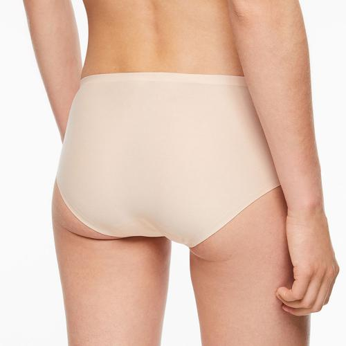 Chantelle Shorty beige